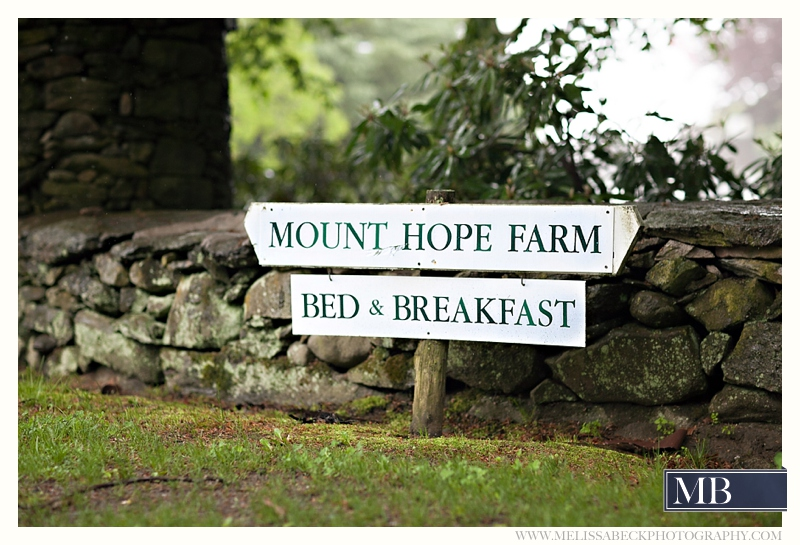 Sign for Mt Hope Farm bed & breakfast