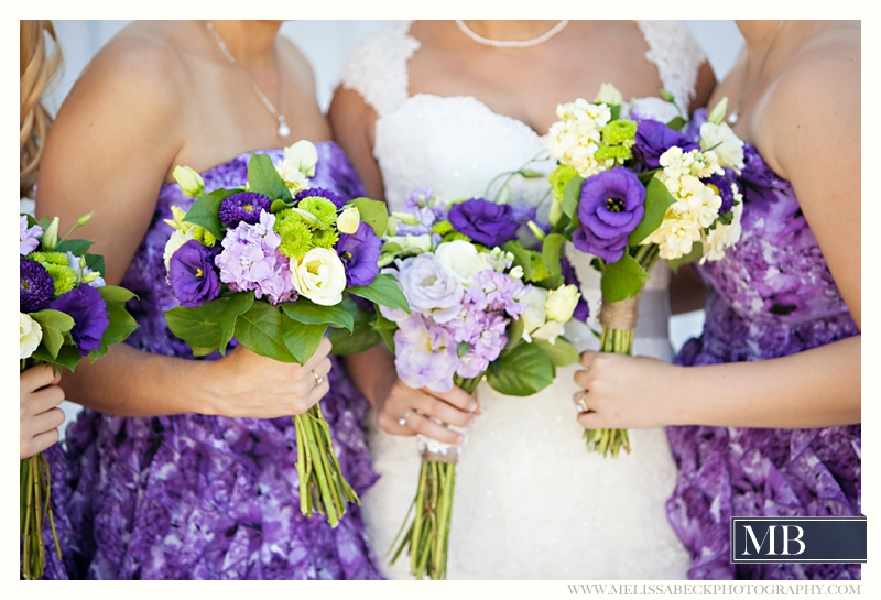 brides maids with bouquets